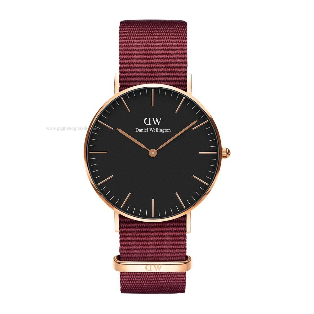 daniel wellington classic black roselyn